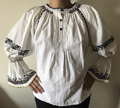 "Romanian Traditional Blouse ""Ie"""