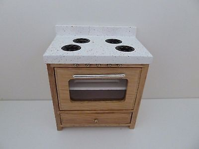 Dolls House Miniature 1:12th Scale Kitchen Oak Oven with Opening Door (T4533O)