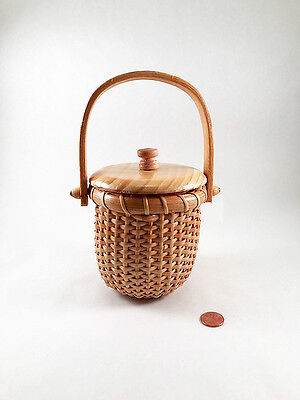 Vintage Hand Made Small Nantucket  Basket Excellent condition