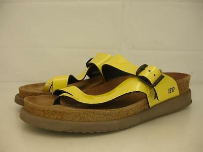Mephisto Helen womens 8 38 yellow patent leather sandals comfort toe loop thongs
