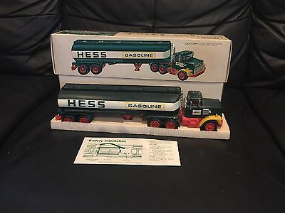 1977 Hess Tanker Toy Truck - truck and box