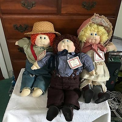 1986 Cabbage Patch Kids. 3 Doll set of Mark Twain Edition.