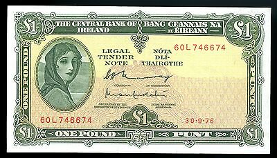 1976 Central bank of ireland 1 pound  Banknote  P.64d