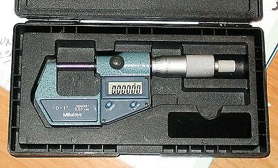 Mitutoyo Digital Micrometer No.293-671-30 With Hard Case
