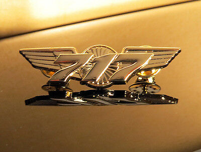 WING Pin Boeing 717 WINGS gold Pilot Crew