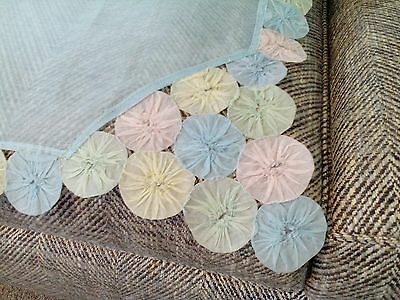 Vintage handmade Suffolk Puff tablecloth cover table linen