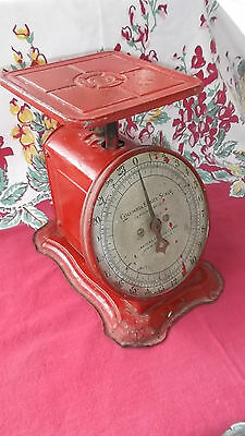 Antique Columbia Family Grand Union Scale Landers Frary & Clark Pat 4-16-07 Red