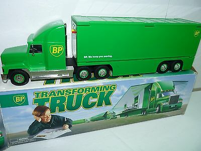 1997 BP Transforming Truck from Commercial Lights Up and Horn Works IN BOX