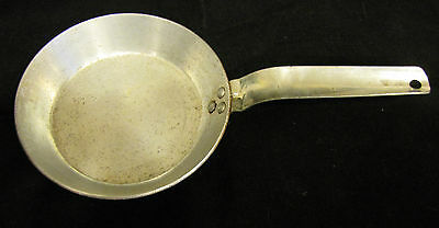Vintage Wear-Ever Small Aluminum Frying Pan No. 2506