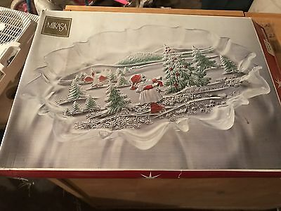 "MIKASA *HOLIDAY LANDSCAPE* MULTI-COLORED CHRISTMAS OVAL CANAPE TRAY 17"" W/Box"