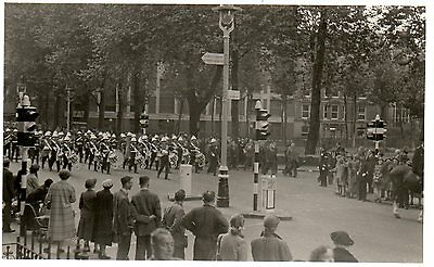 SOLDIERS MARCHING BAND cWW2 MILITARY PHOTOGRAPH