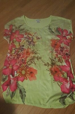 Motherhood maternity size large bright floral top