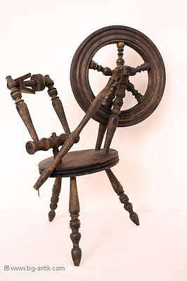 Antikes Miniatur Spinnrad / Drechselarbeiten / RAR! antique smal spinning wheel