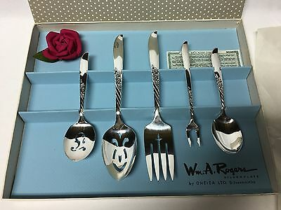 Vintage Wm. A. Rogers 5 Piece Silverplate Hostess Set By Oneida Silversmiths