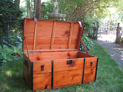 ANTIQUE CIVIL WAR RESTORED FLAT TOP TRUNK STAGE COACH CHEST COFFEE TABLE 1800s