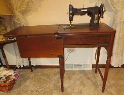 Antique Domestic Rotary Sewing Machine With Wood Sewing Table /Case
