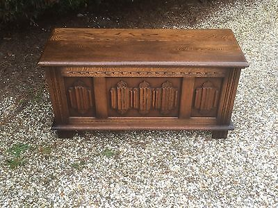 Superb Carved Oak Old Charm Rug Toy Chest/blanket Box/coffee Table