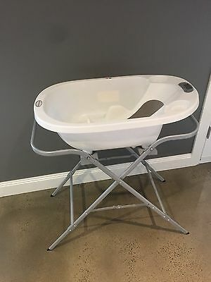 Monitub Baby Bath and Stand - Mulgrave Vic