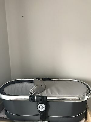 I Candy Peach Carrycot Truffle Pre Owned