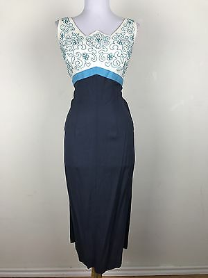 Vintage 1940s Dress WWII Blue White Linen Sleeveless Floral Accents Size Medium