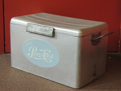 Vintage Aluminum/Metal Pepsi Cola Cooler Cronstroms Ice Chest With T (NJL004286)