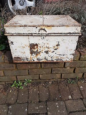Shabby chic metal tool chest