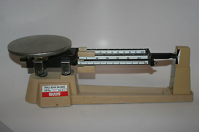 Ohaus Triple Beam Balance Mechanical Scale 700/800 Series 2610 grams 5lbs 2oz