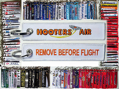Keyring HOOTERS AIR LINES Remove Before Flight tag keychain