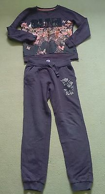Girls tracksuit 10-11 yrs