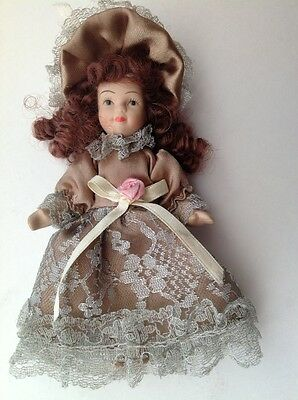 """Collectable Vintage Beautiful Victorian Porcelain Doll 7"""" tall"""