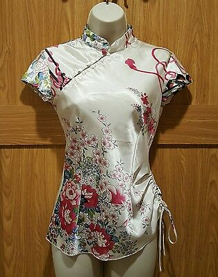 silk / satin? asian japanese womens xs fitted shirt flowers