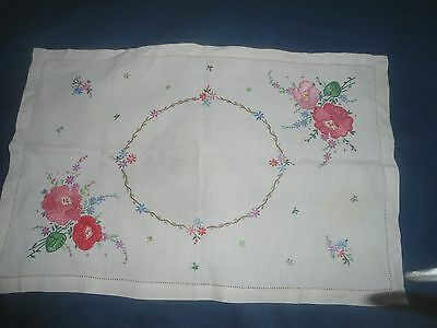 """A  Gorgeous Cream Linen Plump Hand Embroidered Tray Cloth 19.75"""" X 13"""""""