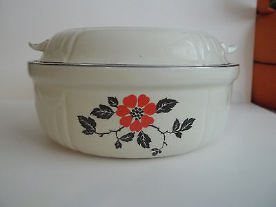 Hall China Superior Quality Ovenware   Round Covered Casserole Vintage Mint!