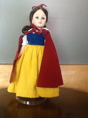 """Disney Snow White Effanbee Doll 11"""" Without Tags 1180"""