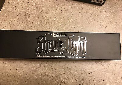 Kat Von D Shade Plus Light Contour Brush with free surprise beauty item!