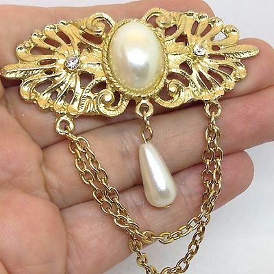 Vintage OVAL FAUX PEARL DANGLE PIN BROOCH Clear Rhinestone Chains Gold Tone