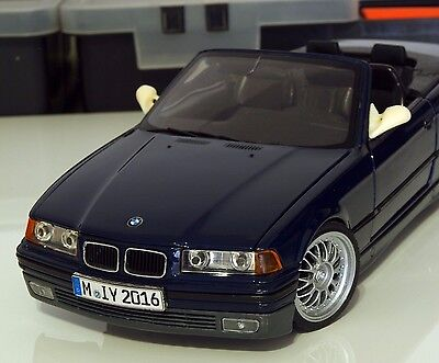 BMW M3 E36 side mirrors L and R 1/18 resin SET