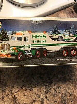 1991 Hess Toy Truck and Racer New In Box Mint Battery Operated