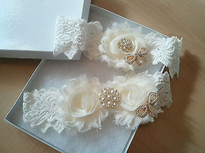Wedding garter, Bridal Garter Set - Ivory Shabby Flower Garter Set