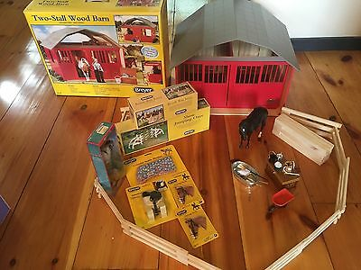 Breyer Traditional 2-Stall Wood Stable w/ Horse, Dolls & Accessories -$400 Value