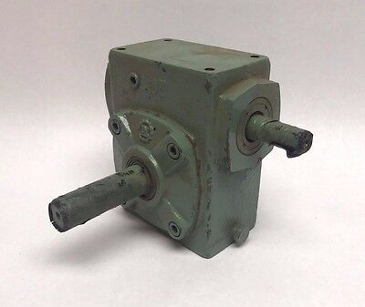 New Li Ming Machinery Type 40, Ratio 1:70 Right Angle Motor Gear Reducer, 40E