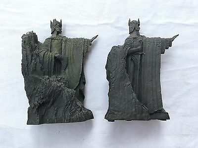 Lord of the rings argonath bookends figurines weta lotr pair picclick uk - Lord of the rings bookends ...