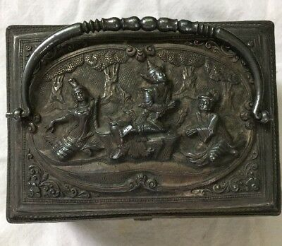 ANTIQUE THAILAND SIAMESE SILVER BOX 3 PEOPLE In Forest HANDLE SIGNED