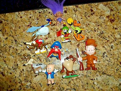 Lot of 9 Looney Tunes Vintage 1988 mainly - throw in a vintage troll