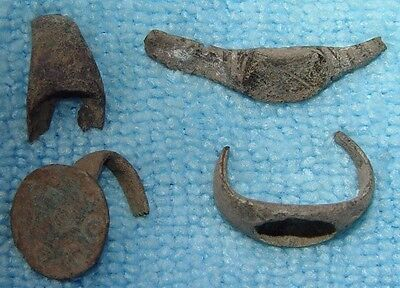 LOT OF 4 ANCIENT ROMAN BRONZE RING FRAGMENTS 1 - 3rd CENTURY AD - D238