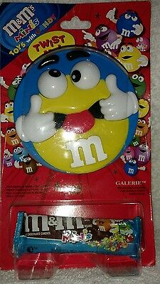 M&M's Minis Blue Twist Me Toy With Rolling Eyes