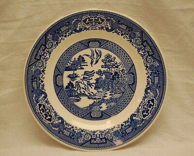 """Old Vintage Blue Willow 9-1/8"""" Luncheon Plate by Royal China Discontinued"""