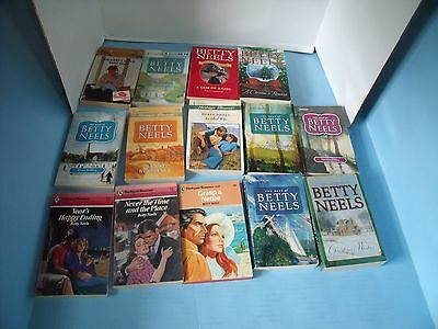 Lot Of 21 Betty Neels Romance*dearest Love*never The Time & The Place*ideal Wife