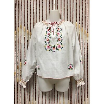 VTG 70's Tramo Swiss Embroidered  Smocking Peasant Folky Boho Gypsy Top M
