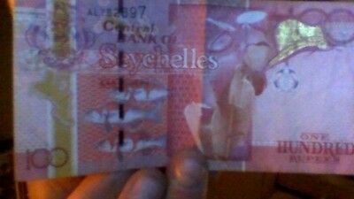 seychelles 100 rupees 2013 circulated